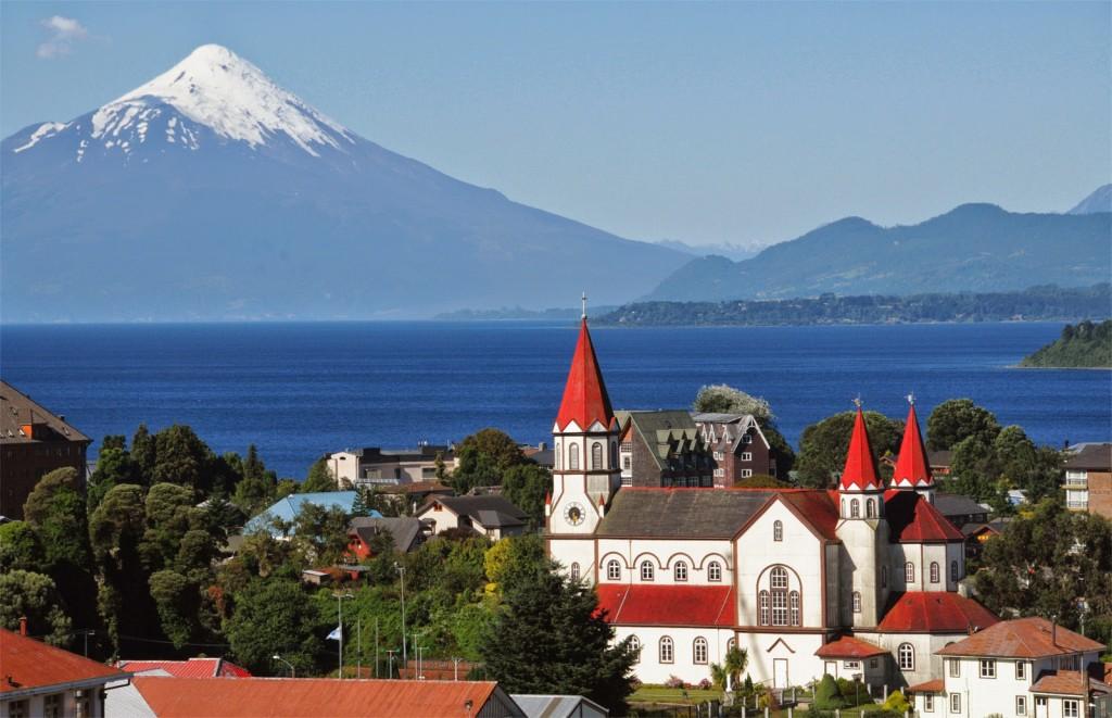 Puerto Varas es una ciudad y comuna chilena ubicada en la provincia de Llanquihue, región de Los Lagos.